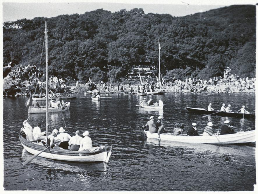 Båtar i havet utanför ransvik på tidigt 1900-talat