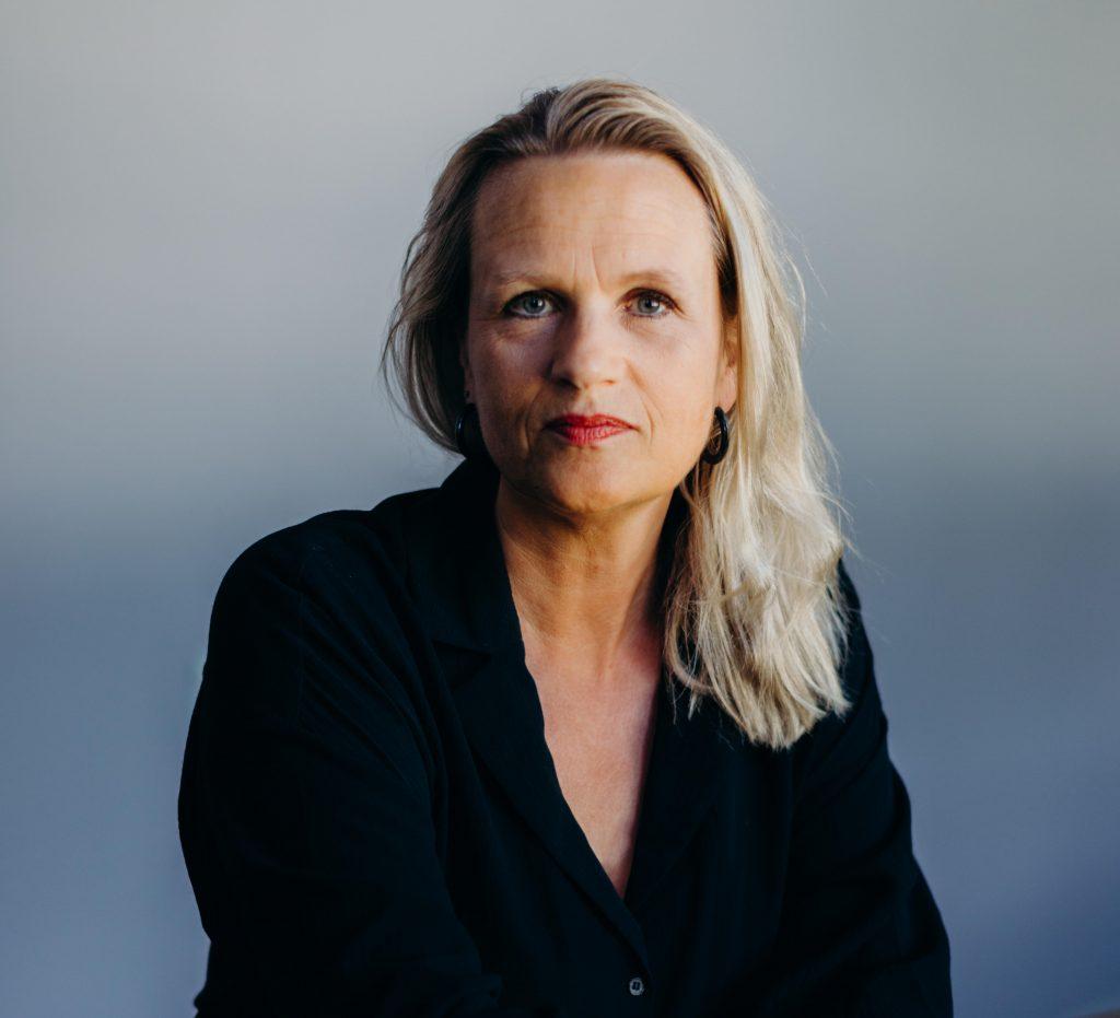 Ingrid E. Handeland