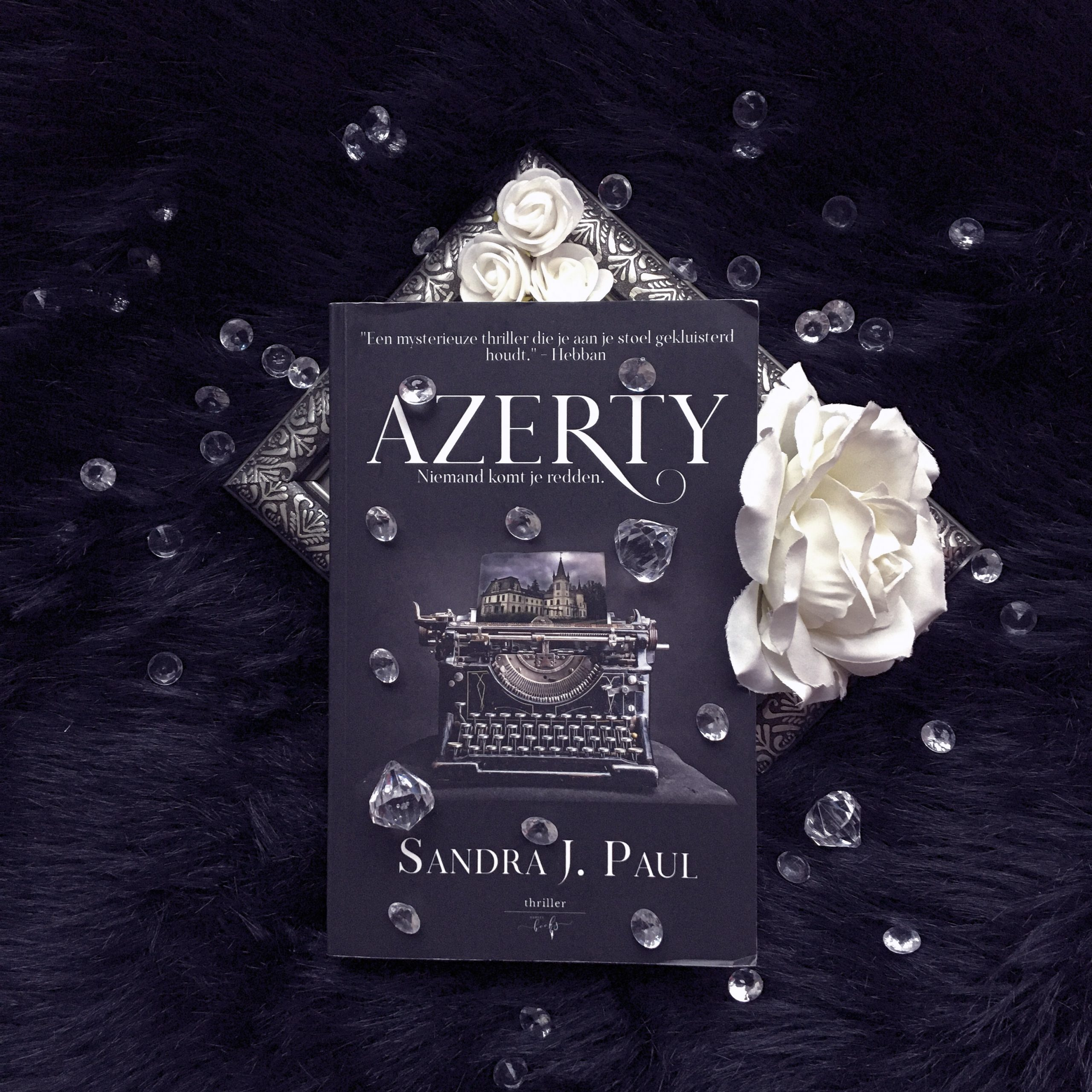 Azerty – Sandra J. Paul