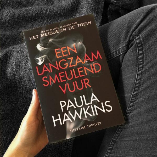 Een langzaam smeulend vuur – Paula Hawkins