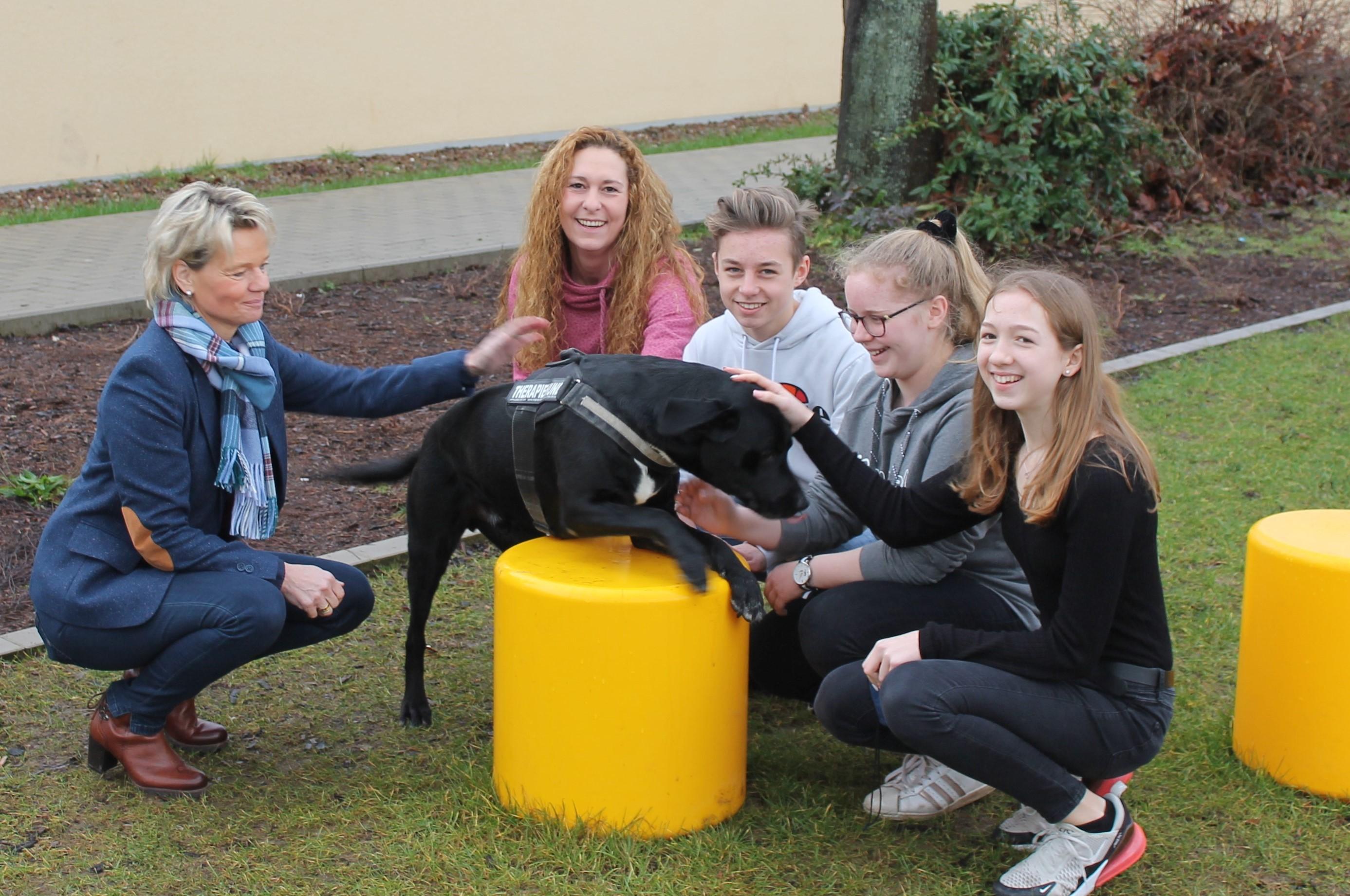 Unser Schulhund Nando