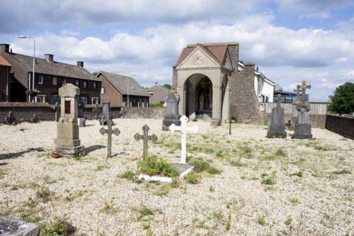 Oude Begraafplaats aan de Maas Well