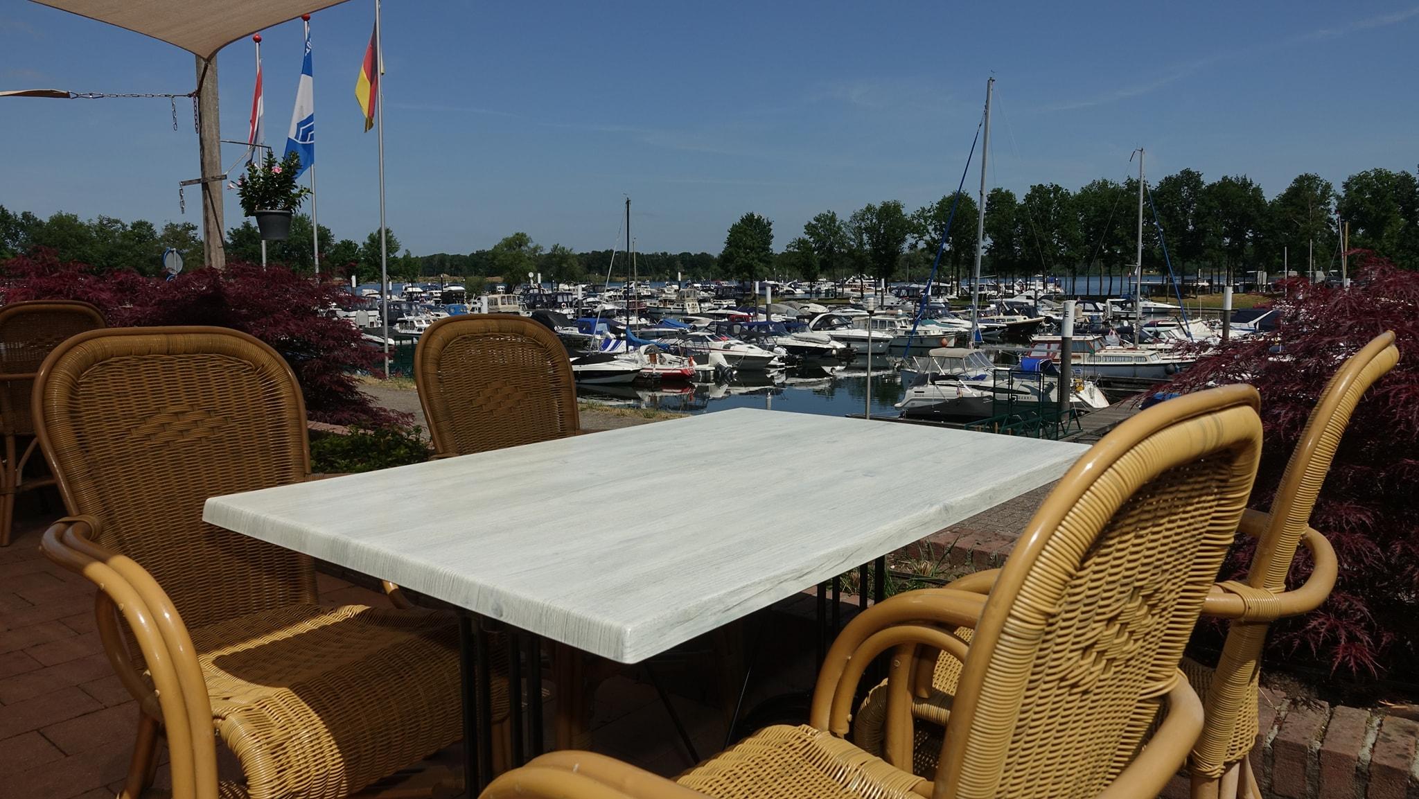 Restaurant Lucas aan het water terras