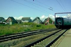 Tog med MF 5215 sidst har lige kørt gennem spor 3 og fortsætter ad venstre spor mod Middelfart.