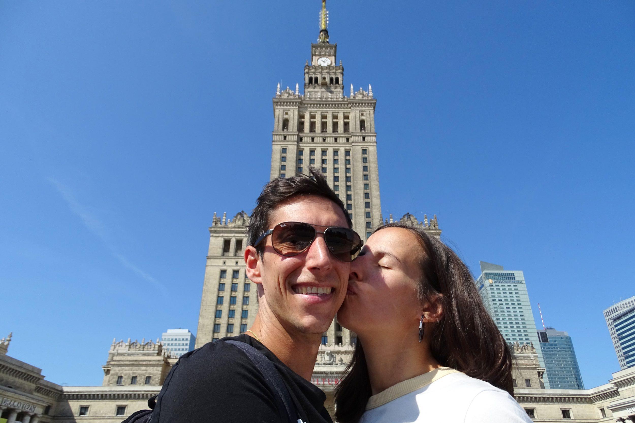 Warschau Voor het Paleis van Cultuur en Wetenschap