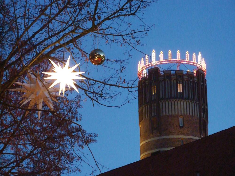 Lüneburg, Niedersachsen: Europas største adventskrans. Foto: Lüneburg Marketing GmbH