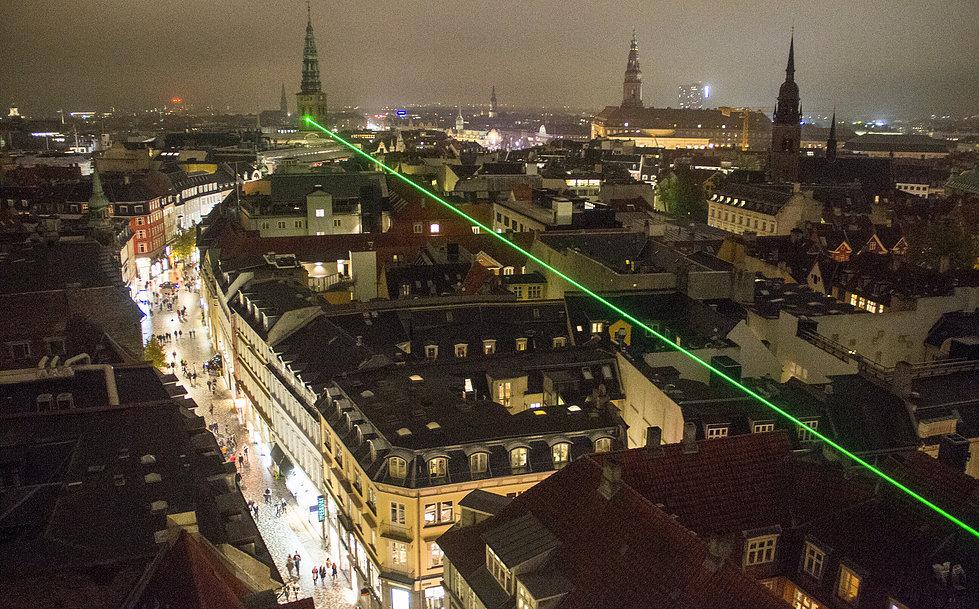 Laser over Kbh. under Copenhagen Light Festival