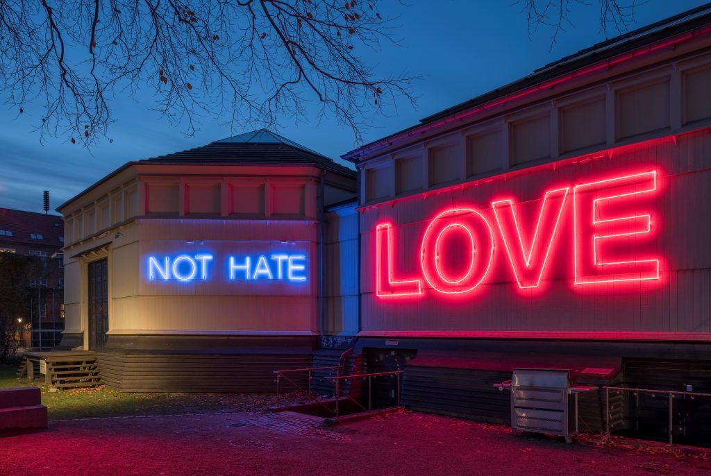 Copenhagen Lighyt Festival - Not hate, love