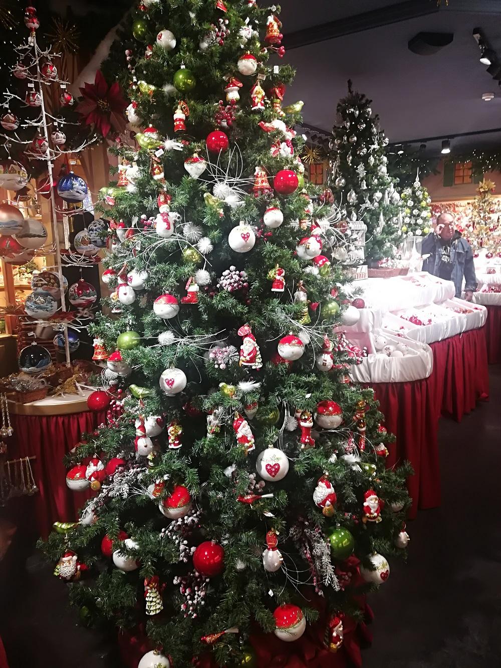 10.000+ ting til vilde julefans