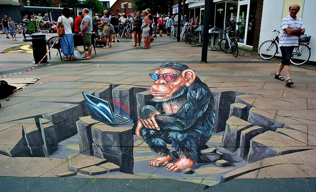 3D Streetpainting '3D Ape' Brande, Denmark