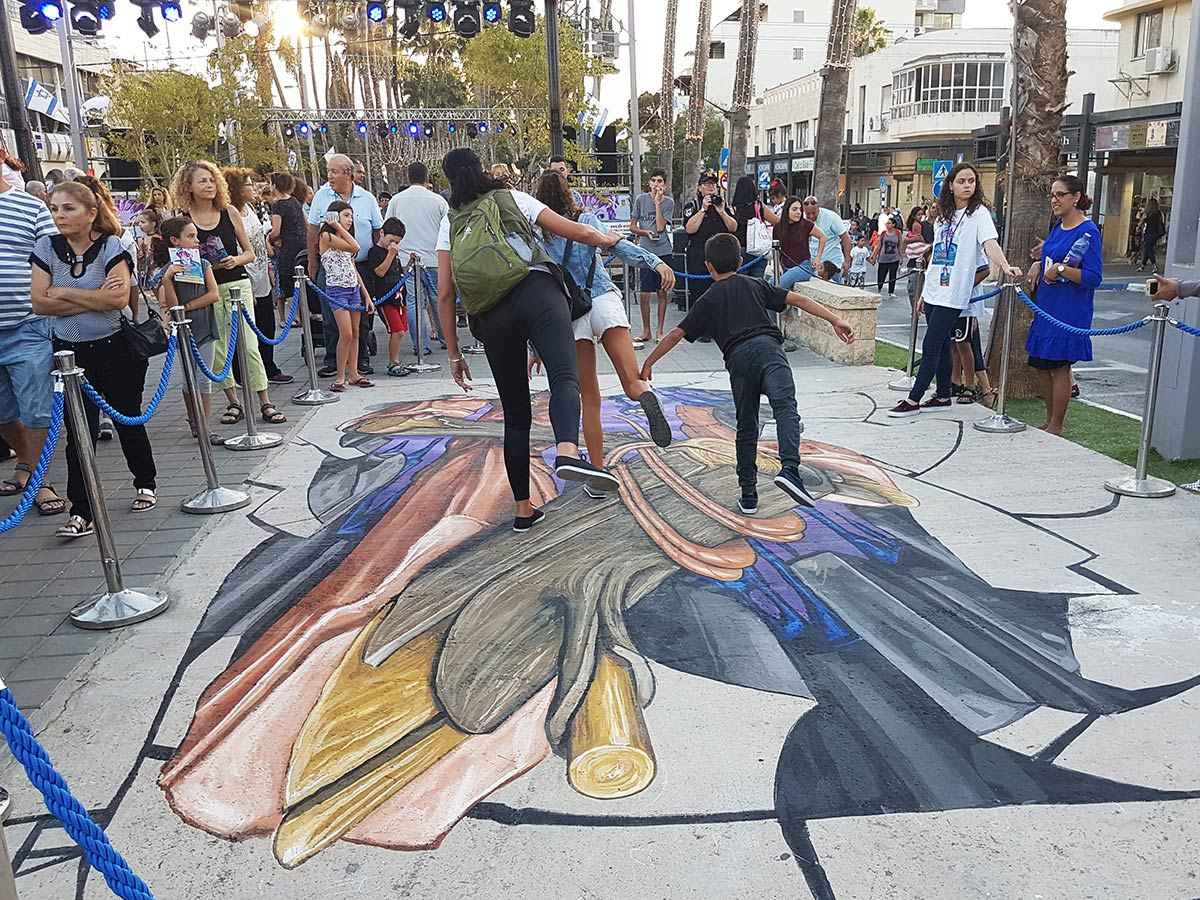 3d-streetpainting-3d-streetart-remko-van-schaik-3d-streetart-festival-afula-israel-5