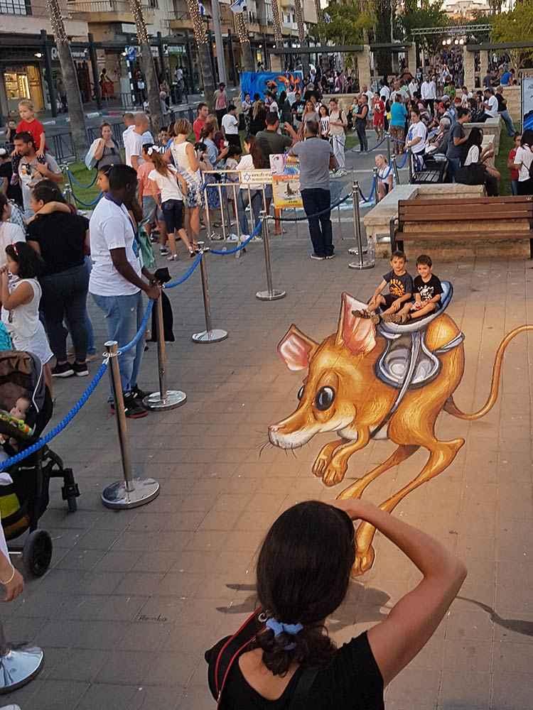 3d-streetpainting-3d-streetart-remko-van-schaik-3d-streetart-festival-afula-israel-8