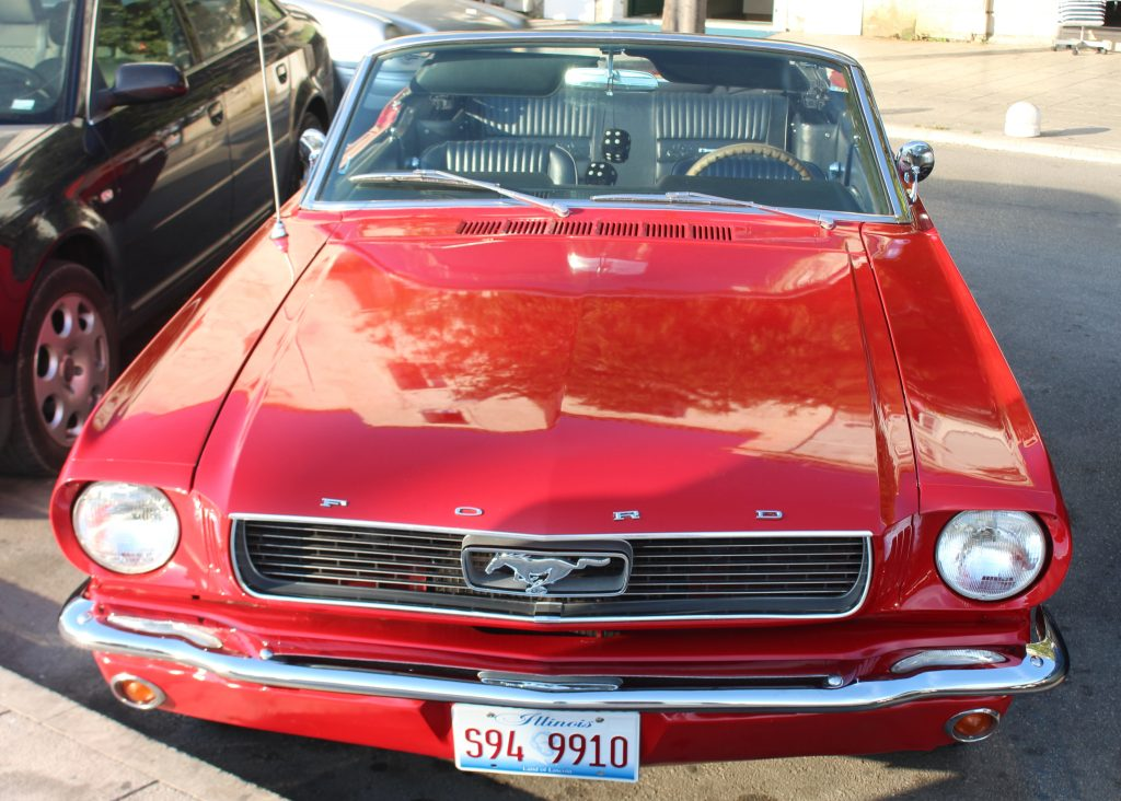 Ford Mustang Cabrio - top view