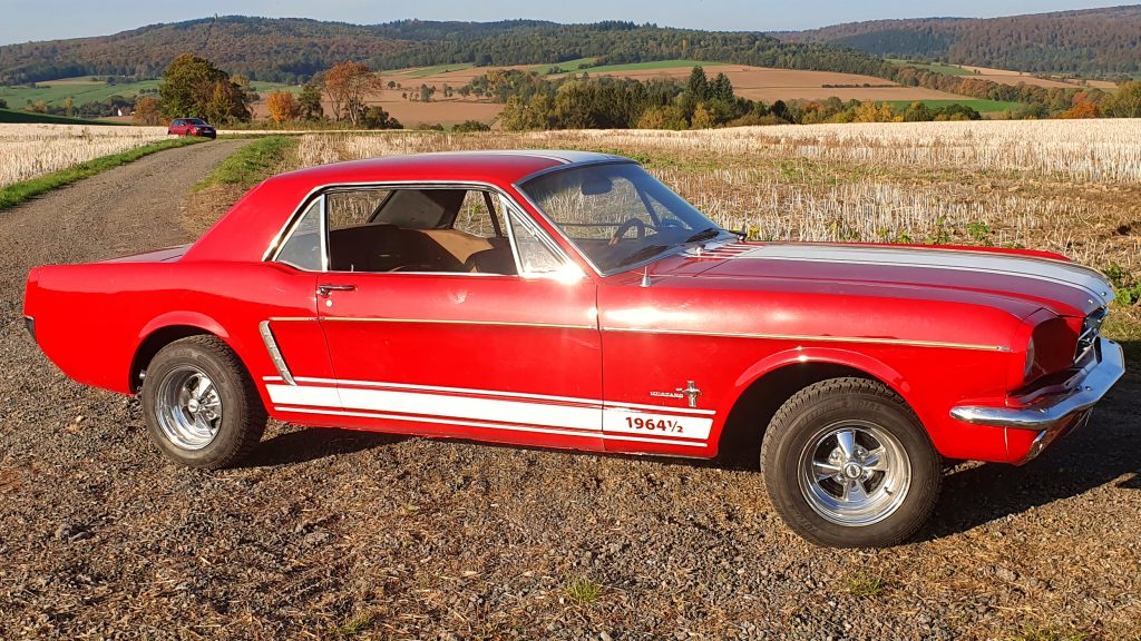 Mustang Coupe - front view