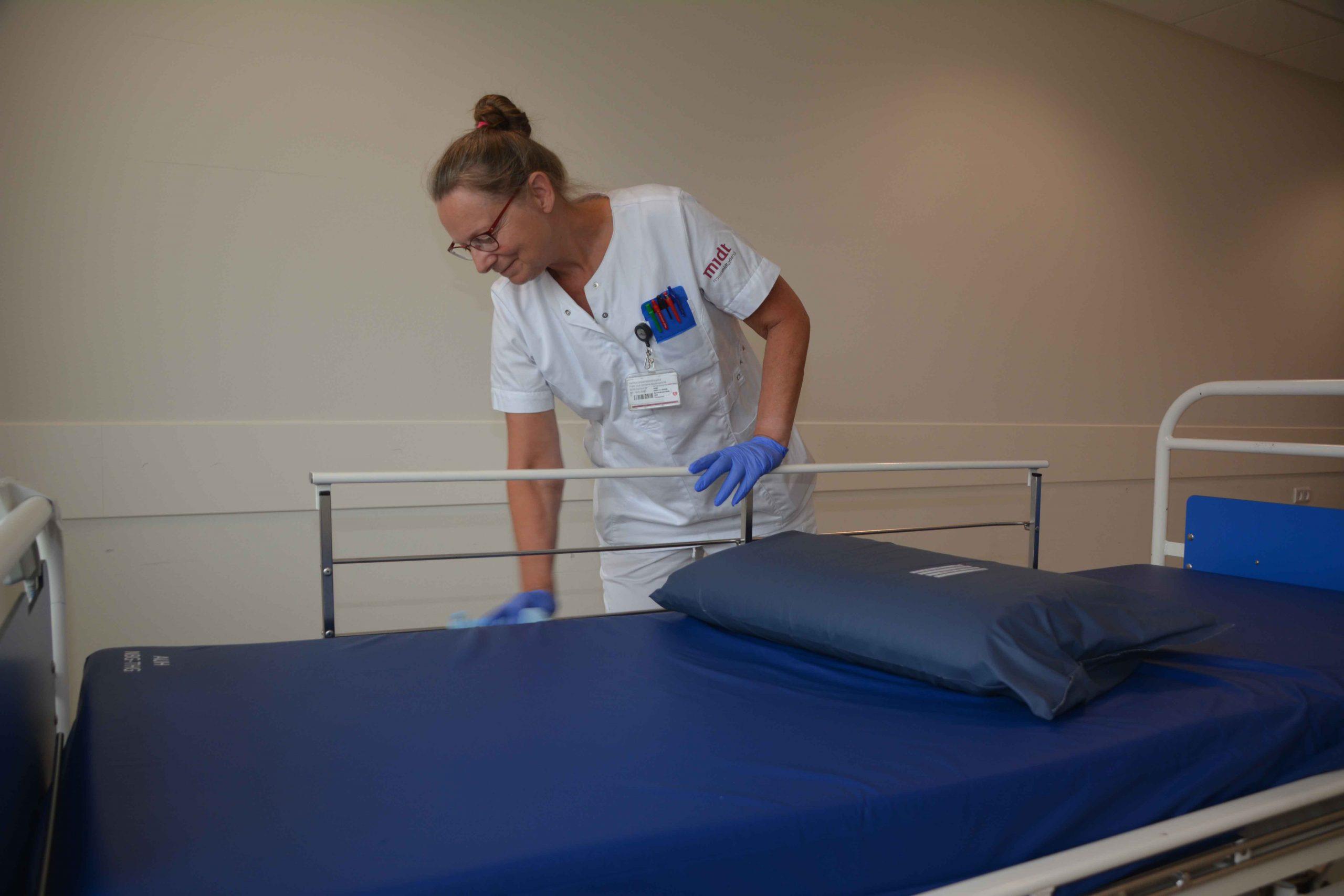 Sygehuset i Skejby godt igennem stor udskiftning af rengøringssystem