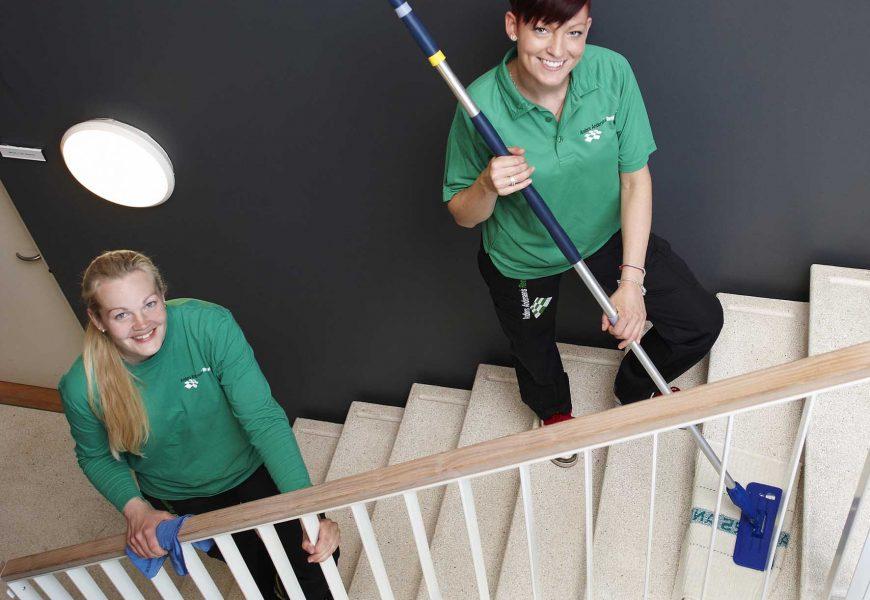 Svanemærket trappevask styrker ejendomsselskabers miljøprofil