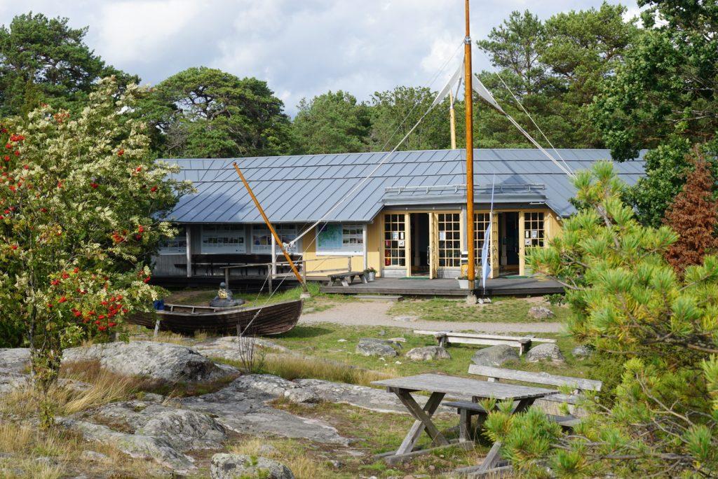 Stendörrens naturreservat har ett riktigt fint Naturum.