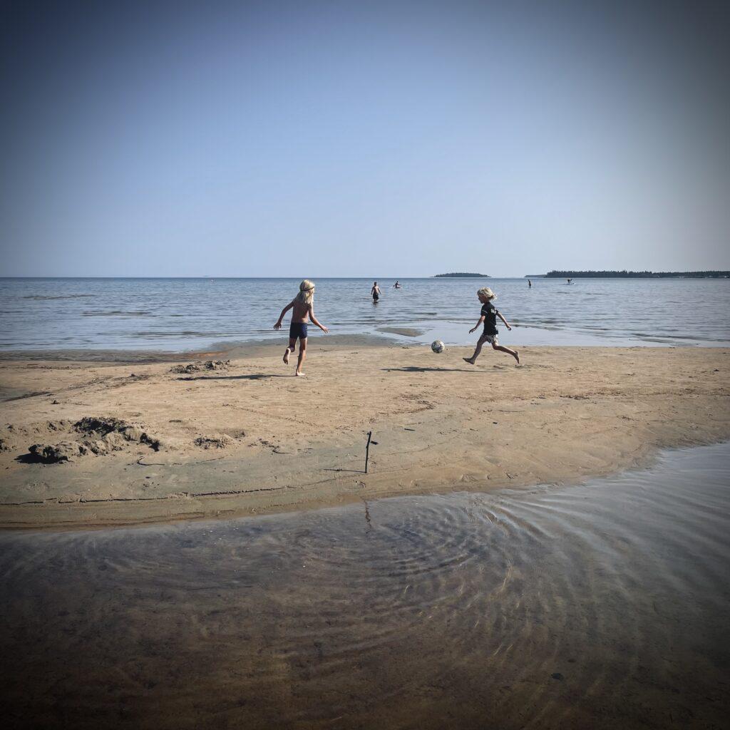 Sandö i havet utanför Byske.