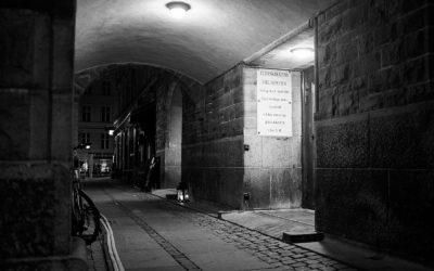 Night Light Café: Midt om natten skaber kirken et frirum for nigerianske prostituerede på Vesterbro