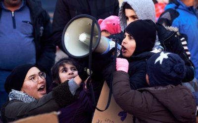 Demonstration: Udrejsecenter Sjælsmark er et fængsel – I bliver nødt til at hjælpe os!