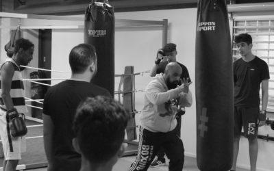 """Prisnomineret bokseklub i Vollsmose: """"Vi hiver de unge væk fra gaden og op i ringen"""""""