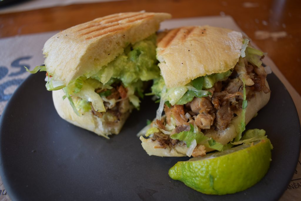 Torta mexicana en restaurante mexicano Madrid