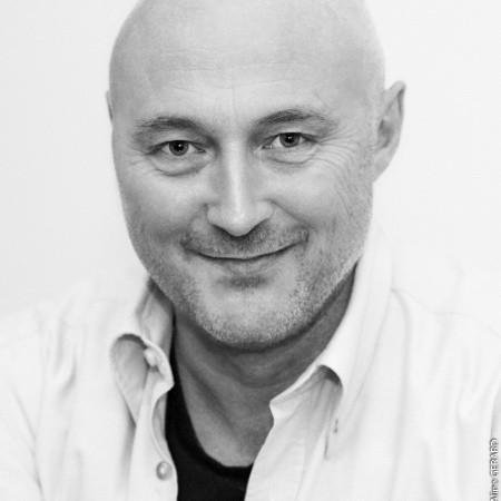 Et portræt af Henrik Madsen