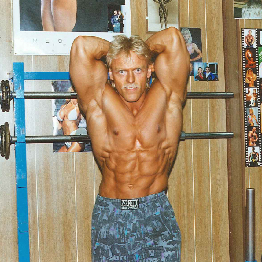 Retro Gym's Ejer - Kurt Pedersen (overkrop)