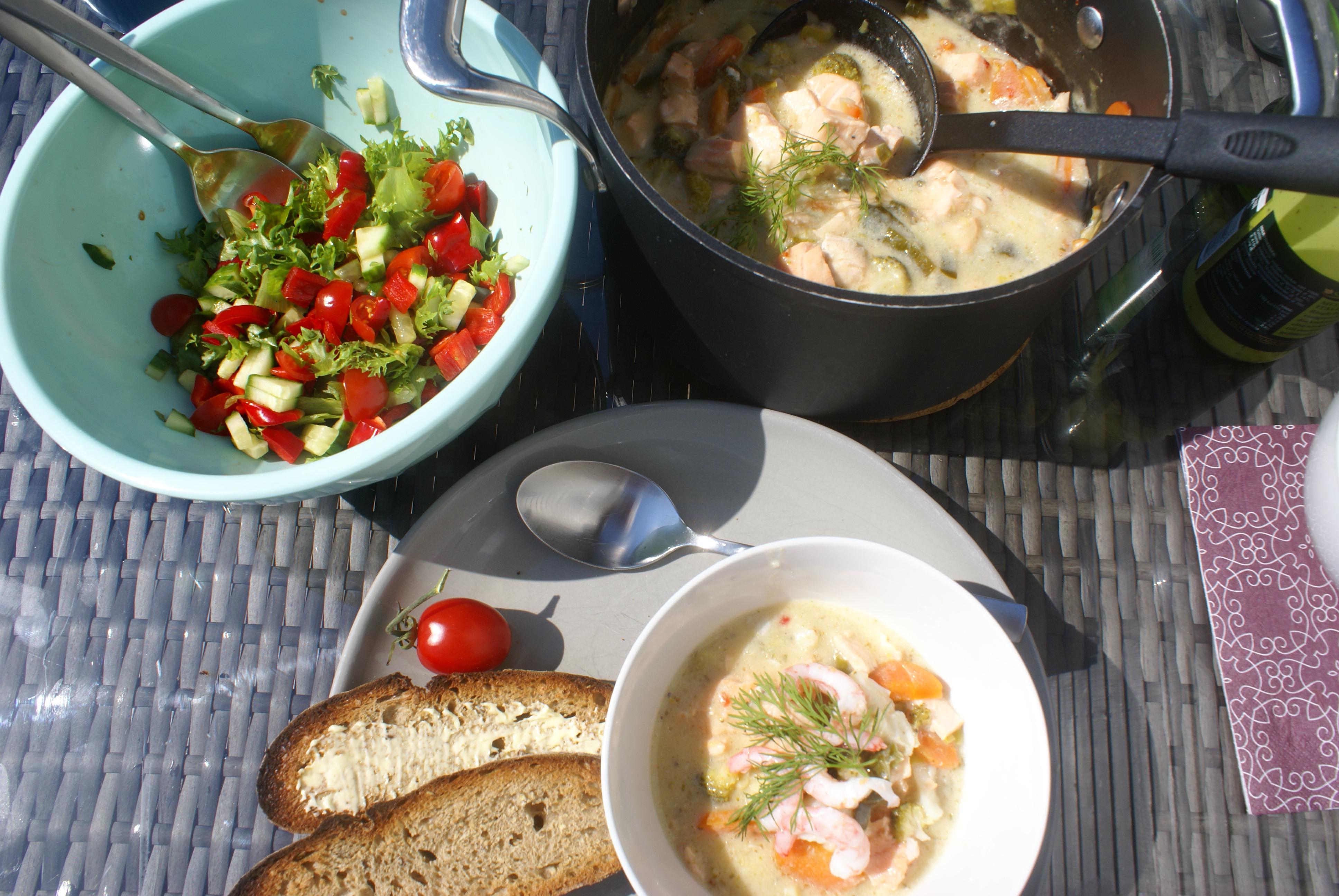 fiskesuppe måltid
