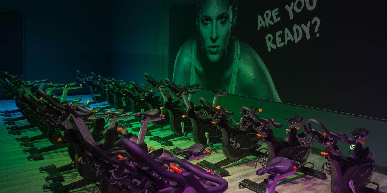 group class indoor bikes