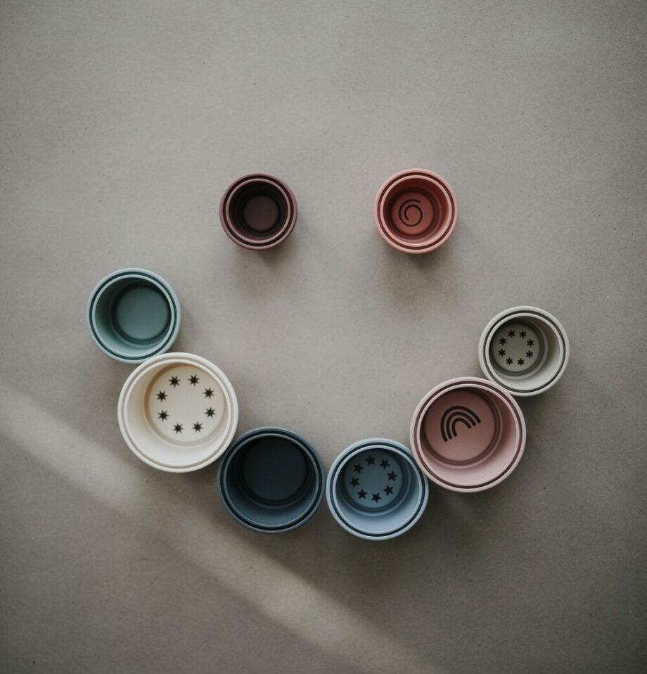 Mushie - stapeltoren pastel