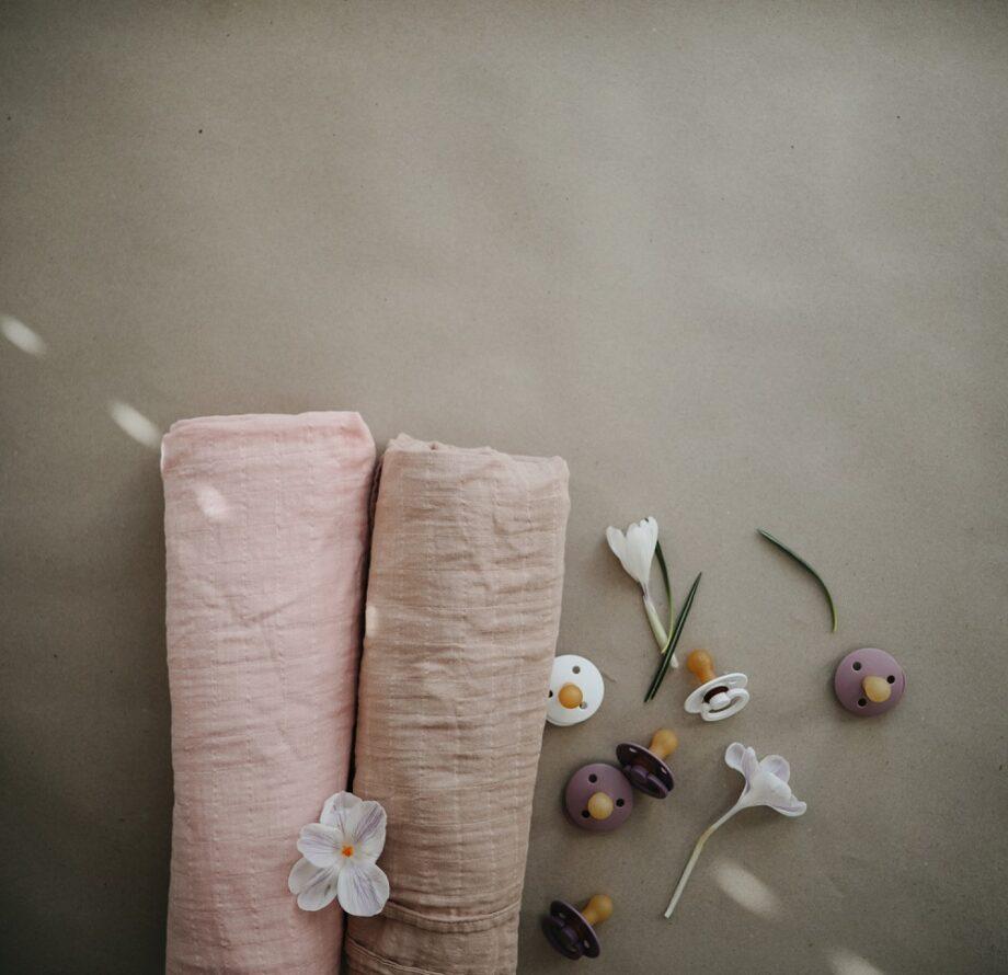 Roze hydrofiele doek Mushie - Rima Baby