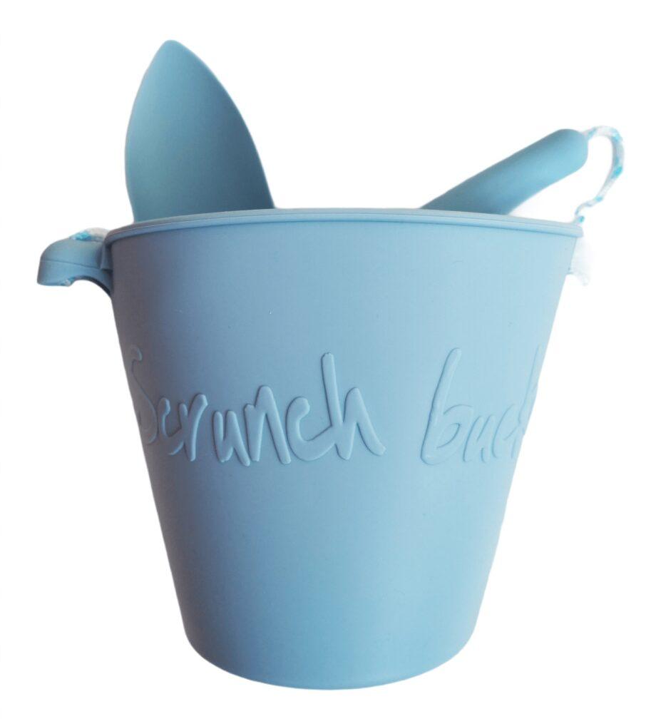 Scrunch emmer en schepje blauw - twilight blue - Rima Baby