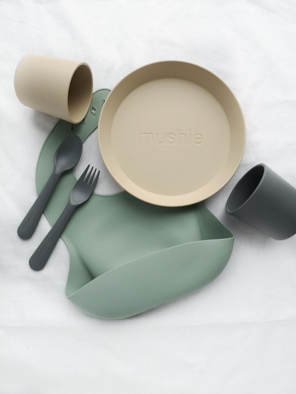 Mintgroene siliconen slab Mushie - Rima Baby
