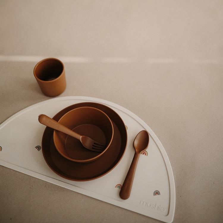 Mushie servies bruin caramel - Rima Baby