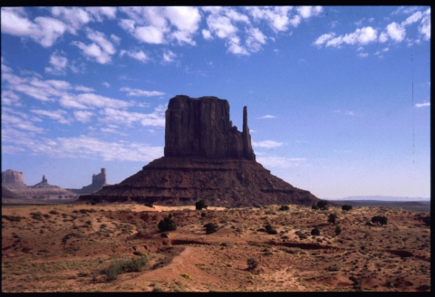 96 Monument Valley