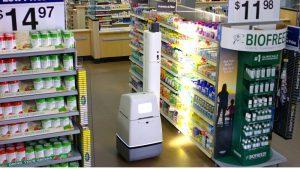 Robot scant schappen bij Walmart