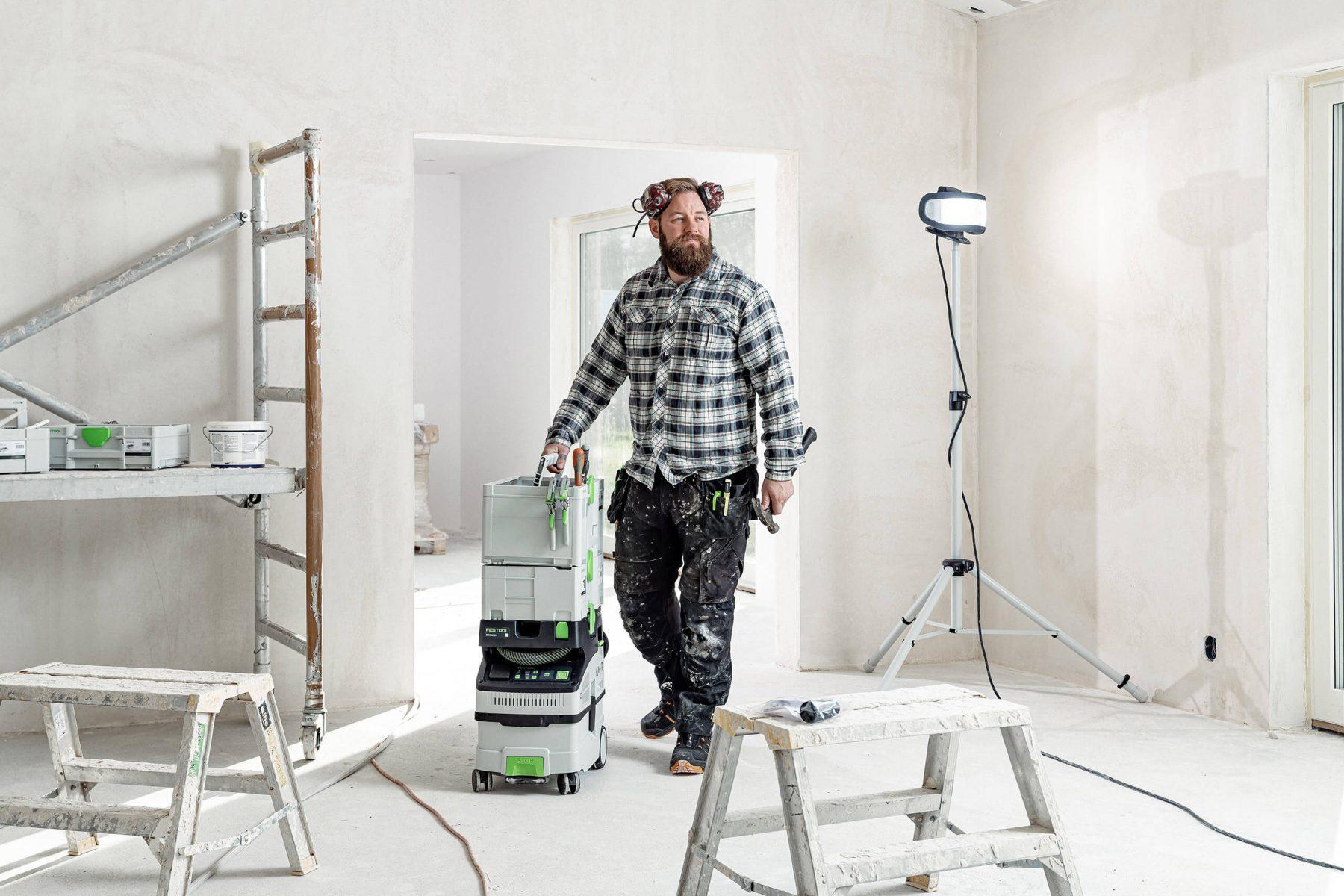 Man working with Festool