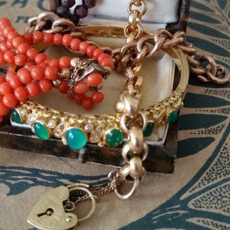 Antieke gouden armbanden