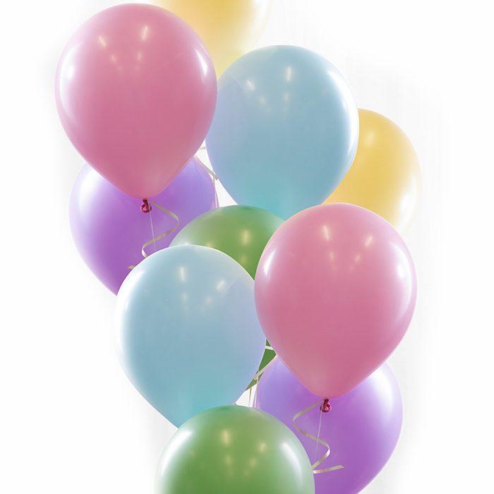 Ballongbukett pastel. Ett fång med ballonger i vackra mjuka pastellfärger. Ljusblå, lila, rosa, grön, gul