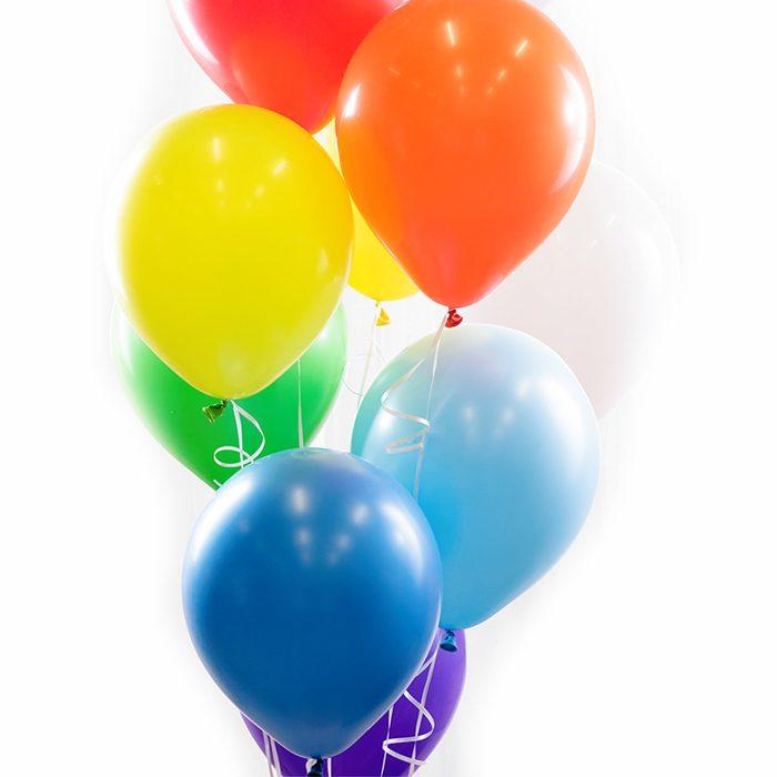 Ballongbukett Rainbow Ett fång med ballonger i regnbågens färger, blå. lila. grön, gul, orange, röd, vit
