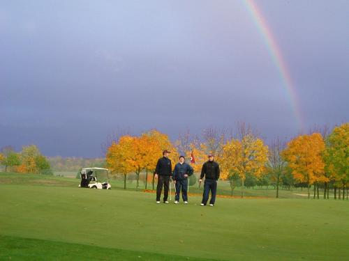Come Rain and Sun at Golf de Rebetz