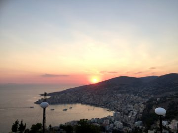 Sarande i Albania- en perle i det Joniske hav