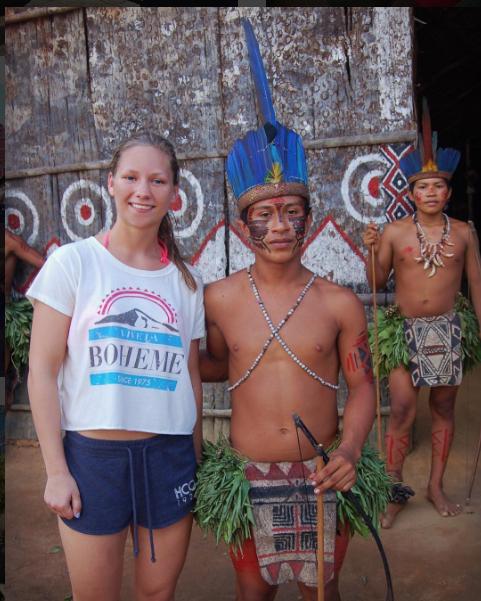 Indianerstammer i Amazonas