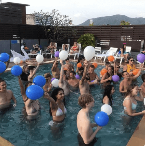 EBS Bartendeskole, Phuket - pool liv