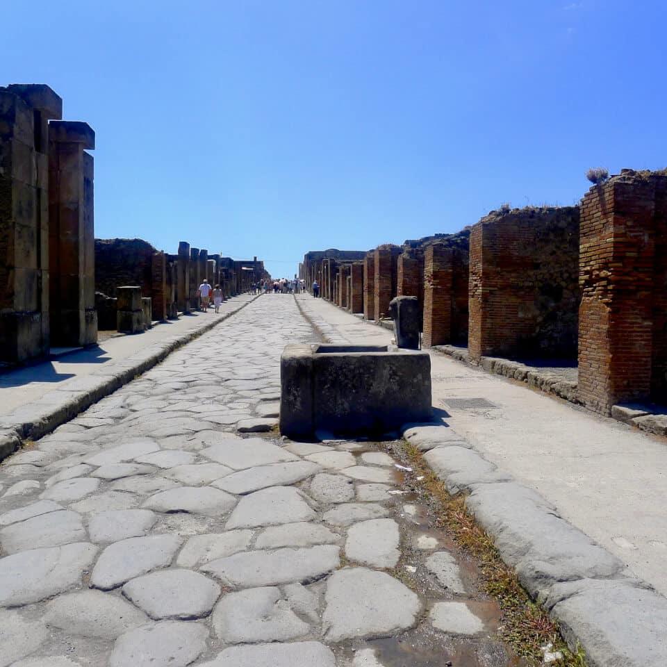 Fontene som de fattige brukte til å vaske seg i, Pompei