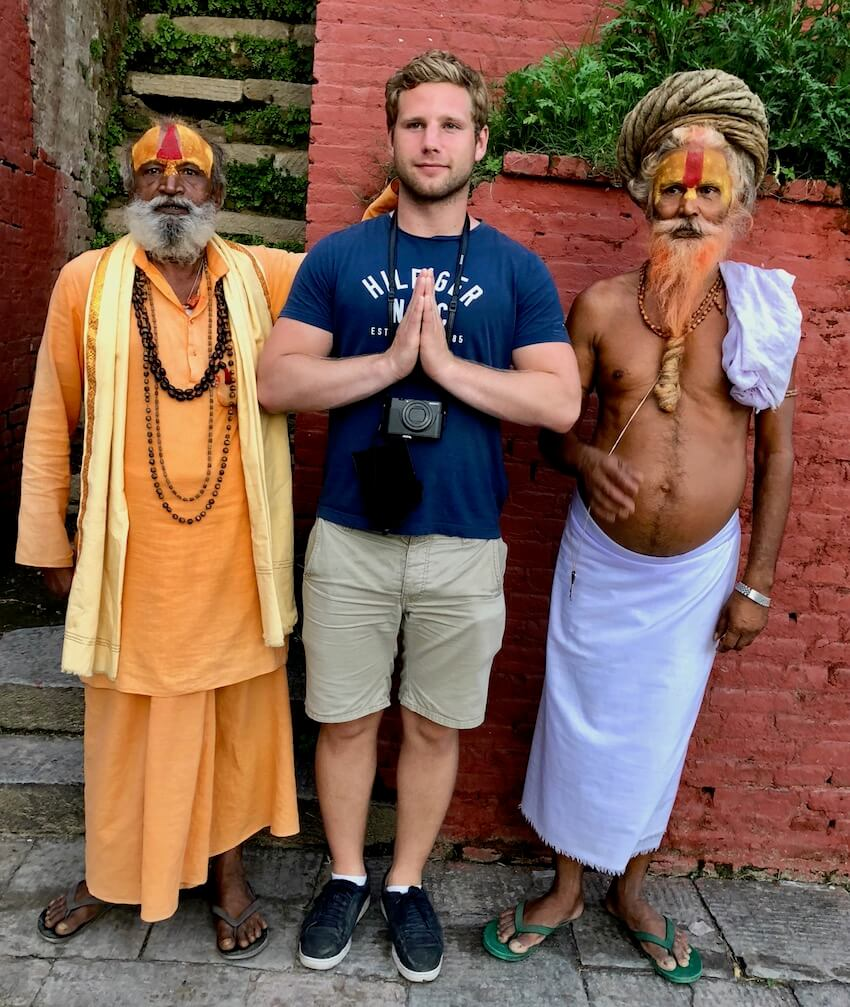 Asketer i Nepal, Den vanligste måten å hilse på for nepals befolkning