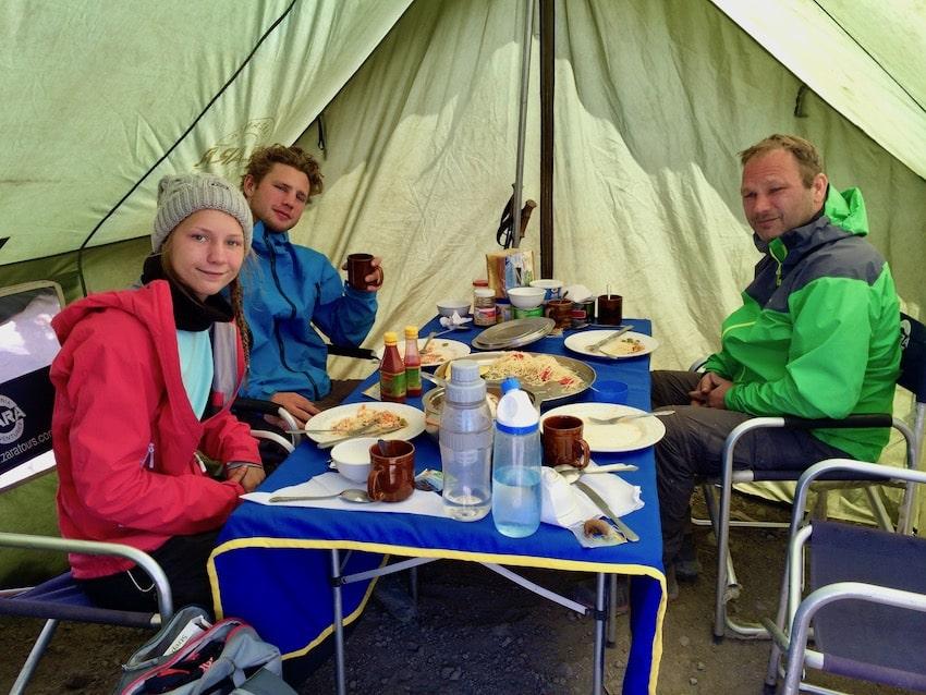 I teltet, på vei opp Kilimanjaro
