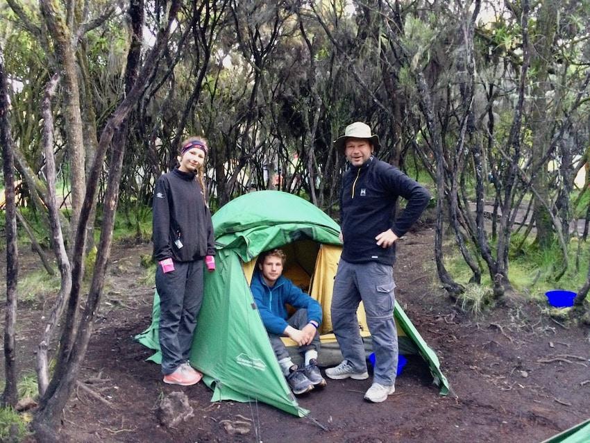 En av de siste campene på vei ned fra Kilimanjaro