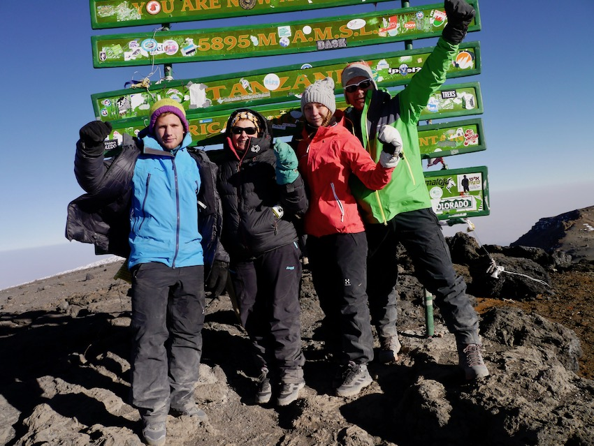 På toppen av Kilimanjaro, Uhuru peak